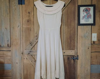 Vintage dress -  handmade 1950's cream swing dress