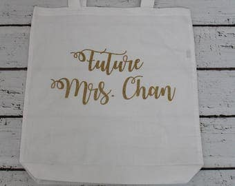 Personalized curly cursive Future Mrs tote with applique