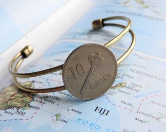 Fiji coin cuff bracelet - made of an original coin from Fiji - Island - wanderlust gift - travellife