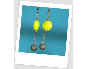 Earrings yellow beads and brass bead