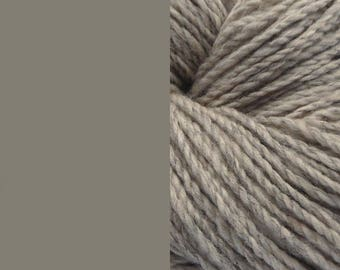 Wool yarn, undyed grey | bulky 2 ply worsted quick knit pure wool yarn 100g/130m