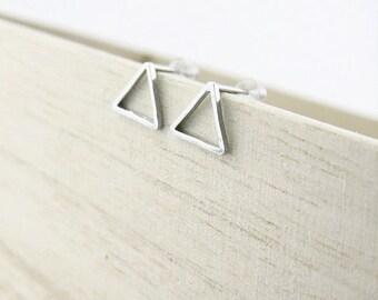 Mini earrings triangle geometric BOFA05004