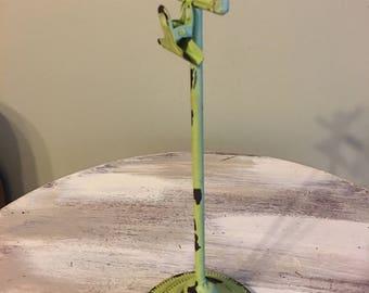 Bird decor- cast iron bird decor- picture holder- Note Holder