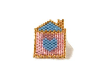 Brooch is home and heart pink ▲ Miyuki blue and gold