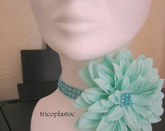 "Choker, necklace ""turquoise wedding"" with removable flower and rhinestone"