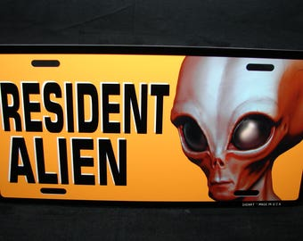 RESIDENT ALIEN Metal Novelty License Plate Car Tag For Cars