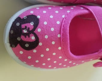 Minnie Mouse hand-painted shoes