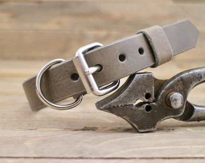 Dog collar, FREE ID TAG, Wolf grey ,Handmade leather collar, Personalised dog gift, Grey leather collar, Classic collar.