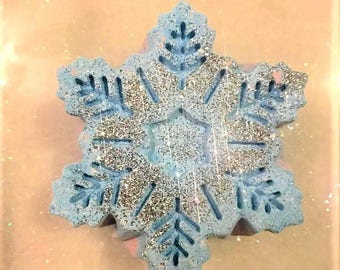 Snow Fairy Snowflake Bath Bomb/Christmas/Holiday/Blue Glitter Bath Bomb/Blue Pink bath/Bath Fizzie