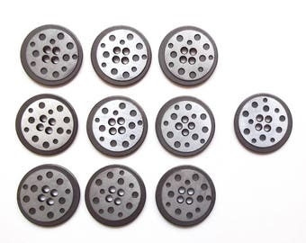 10 round buttons in silver metal 22 mm