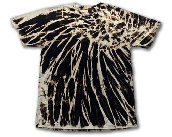 Tie Dye • M • Chaos Spirograph Discharge • Cotton T-Shirt • Reverse Tie Dye