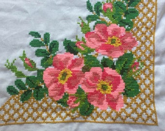 Mexican tablecloth embroidered by hand or napkin