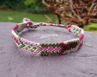 Pink and Green Arrow Anklet/Armband, Macrame Anklet, Macrame Armband, Woven Anklet, Woven Armband, Tribal Anklet, Tribal Armband, Festival
