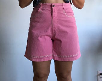 Vintage sz 2L pink and floral shorts