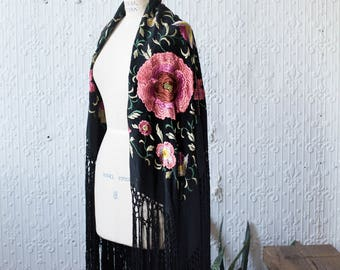 1920s Embroidered Silk Piano Shawl with Hand Knotted Fringe Hem