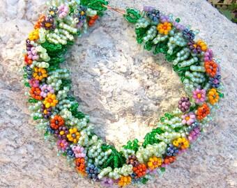 Romantic Beaded Flower Bracelet