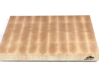 Hand Crafted End Grain Maple Cutting Board With Non Slip Rubber Feet