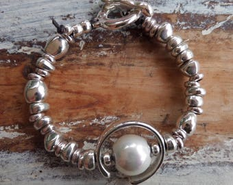 Bracelet with Imitation pearl