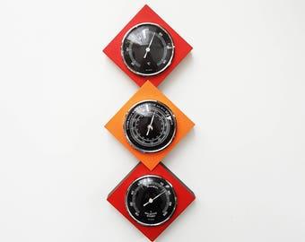 Vintage seventies red / orange cubic barometer