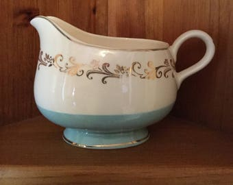 Free Shipping! | Homer Laughlin Lifetime China | Gold Crown | Gravy Boat