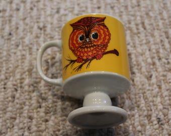 Adorable vintage owl mugs
