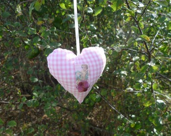 HEART HANGING GINGHAM PINK AND WHITE