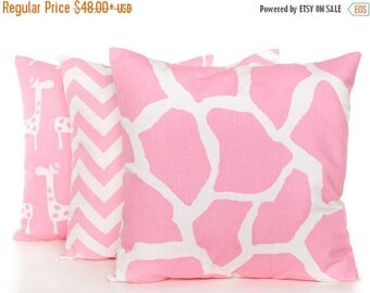 SALE ENDS SOON Baby Pink Pillow Covers, Set of Three, Pink Baby Pillows, Girls Room Decor, Pink and White Pillowcases, Pink Zig Zag Print, N