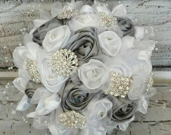 the great gatsby bridal wedding flowers,great gatsby wedding flowers,white and silver bridal wedding bouquet,flower girl kissing ball