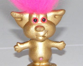"Troll Doll Jewelry, Gold Troll Doll Resin Brooch, Pin, 1.5"" T, Retro, Funky"