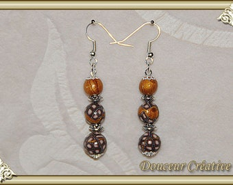 Golden brown earrings 104031 patterned beads