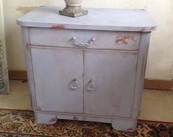 shabby Dresser louis blue