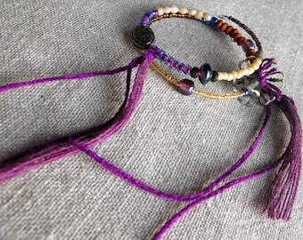 Purple ethnic bracelet with velvet filaments