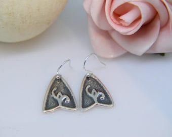 Silver Earrings, flower bud dangle earrings, Dangly earrings, line drop earrings, boho, flower, Gifts for her, Christmas, Triangle