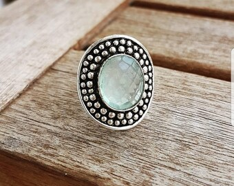 Action! Silver ring with chalcedony 17Fr. instead of 34Fr.