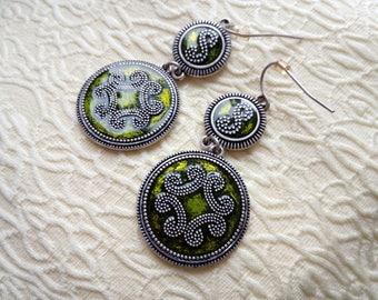 Bohemian Dangle Green Earrings - Gypsy - Boho - Circle - Tribal - Hippie Style