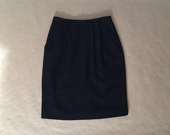 black origami mini skirt | 1980s liz claiborne origami pleats skirt | side pockets mini skirt