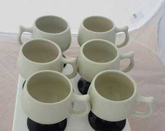 Hall Pedestal Mugs 2275