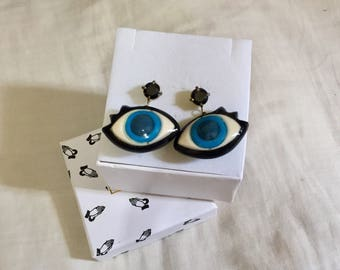 Rare blue eyes earrings
