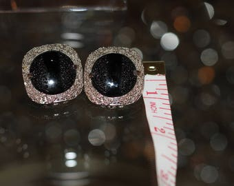 JUDY LEE! Beautiful Vintage Silver Tone Pair Of Black Glass Clip On Earrings Signed Judy Lee