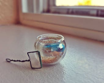Miniature fish bowl with accessories