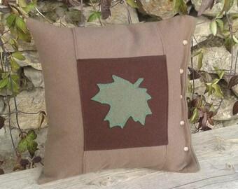 wool cushion version Canada Maple Leaf