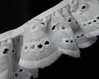 BTY  White 1.25 Inch Wide Cotton Eyelet Trim   (029)