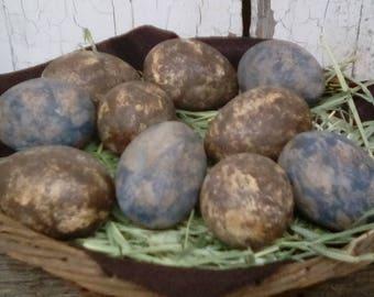 Primitive Painted Eggs with Sponge Detailing in a Painted and Waxed Basket - Sponge Painted Primitive Eggs in a Alfalfa Lined Painted Basket