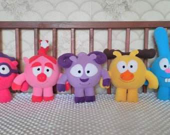 Smieshariki toys inspired, a set of smieszariki toys, 5 smiesharik