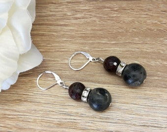Labradorite earrings,Garnet  earrings, silver dangle earrings, Dangle Earrings, gift ideas