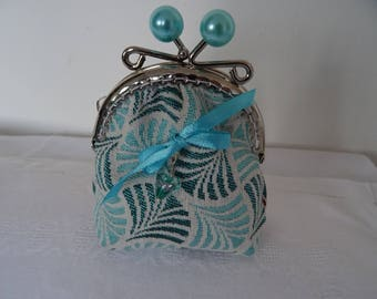 laces clasp purse turquoise Pearl balls