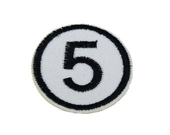 Patch/ironing-five digit number 5 – White – 4.8 x 4.8 cm-by catch-the-Patch ® patch appliqué applications for ironing application patches patch