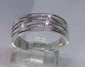Ring in silver and 4 oxide of Zirconium round (3 grams) size 60