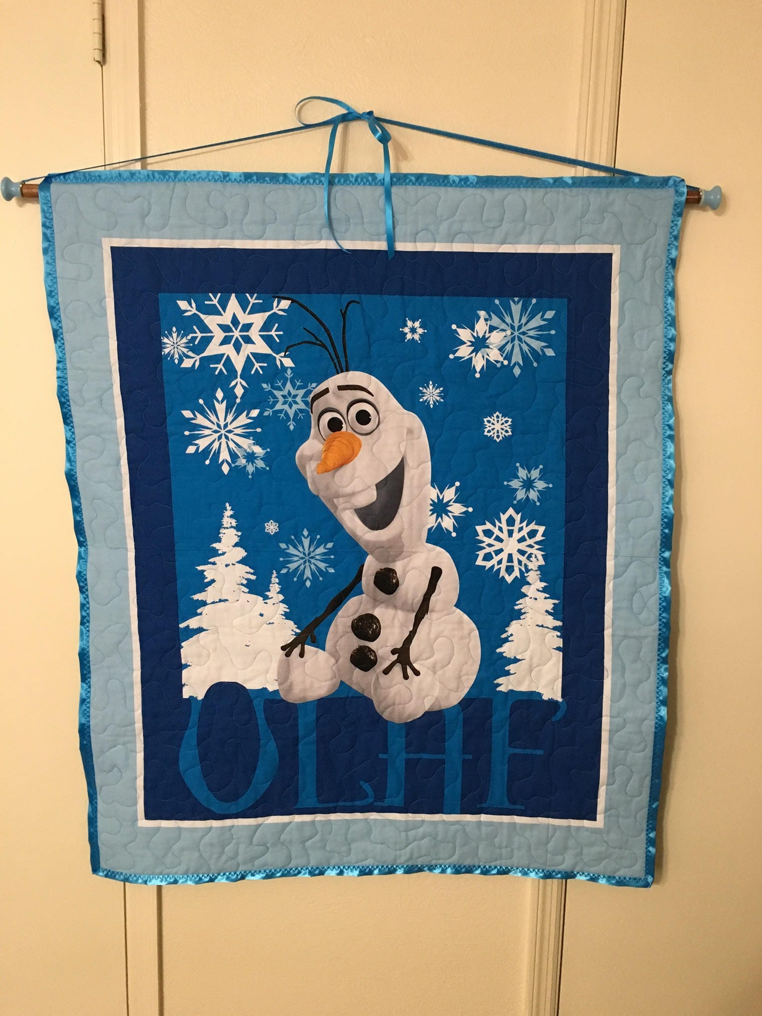 Custom Hanging Rod For Quilt Tapestry Banner Wall
