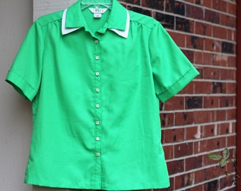 Color Mates Vintage Retro Hipster 1970s/1980s Bright Green Button Up Shirt Woman's Size Large ILGWU